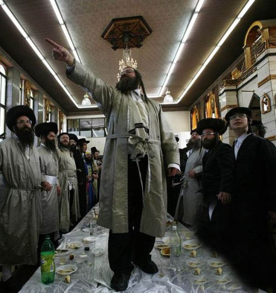 purim_binge_drinking_640_15